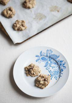 Oatmeal Raisin Cardamom Cookies (gluten free)   Choosing Raw – vegan and raw recipes