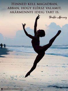 Freddie Mercury gondolata az önbizalomról. A kép forrása: Angels' Army # Facebook