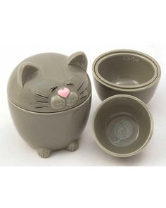 Lil' Kitty measuring cups - so cute!