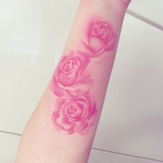 Pink watercolor roses I want this but on my right thigh.
