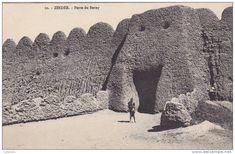 HUGE mud and brick walls of the ancient Nigerian empire of Zinder