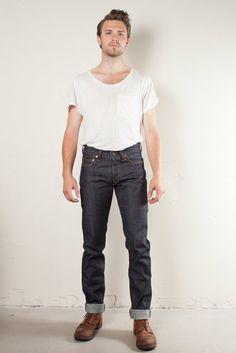 Japan Blue Skinny JB0206 Dry Selvage Jeans http://bluejeanscompany.com/sv/rea/japan-blue-jb0206-dry-selvage.html