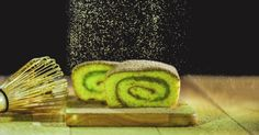 Direction le Japon avec le gâteau roulé au thé vert matcha, une pâtisserie légère et onctueuse!