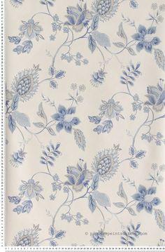 Fleurs bleues sur fond blanc - Papier peint Lutèce #wallpaper #blue #classic http://www.papierspeintsdirect.com/papier-peint.html