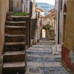 Beautiful Images, Around The Worlds, Stairs, Whisky, Bella, Landscapes, Outdoors, Room, Paisajes