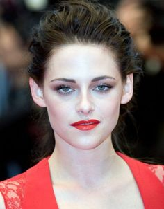 Kristen Stewart Cannes 2012 - the girl next door can even rock red lipstick and look glamorous!