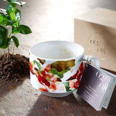 Coffee Artisan Series Growing Mug, 12 fl oz. $10.95 at store.starbucks.com