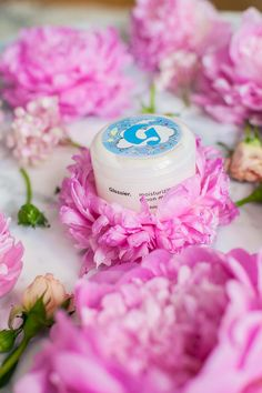 Currently Loving these Beauty Products - Olivia Jeanette Flower Bouquet Peonies Gorgeous Flowers Glossier Beauty Review