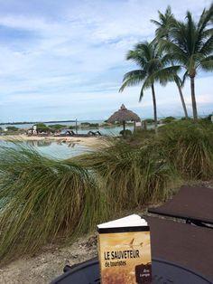« Le Sauveteur de touristes » dans les Keys, en Floride. Merci à Olga pour la photo.