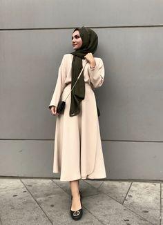 Hijab turkish hijab s Turkish Hijab Style, Turkish Fashion, Islamic Fashion, Hijab Casual, Hijab Chic, Hijab Dress, Hijab Outfit, Muslim Wedding Dresses, Dress Wedding