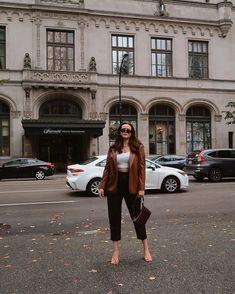 leather on leather 👌🏼 blazer: @zara Autumn Winter Fashion, Fall Winter, Leather Blazer, Zara, Fashion Tips, Fashion Trends, Style Inspiration, Womens Fashion, Outfits