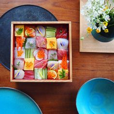 Everyone has heard of sushi before. Now there is a trend going on in Japan where sushi dishes are being designed. Arte Do Sushi, Sushi Art, New Food Trends, Sushi Dishes, Sushi Love, Japanese Sushi, Japanese Meals, Japanese Food Art, Japanese Sweets