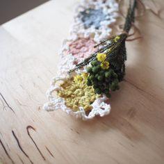 #행복한 주말 되세요 . . . #핸드메이드#코바늘#손뜨개#소품#펠트#취미#소잉#handmade #crochet #craft #crochting#crochetlove#instacrochet#crochetagram#인형#아미구루미#amigurumi #by아얀#아얀씨#crochetaddict#아얀의달빛작업실#손뜨개인형#뜨개인형#코바늘베이비슈즈 #손뜨개블랭킷#일상 by by_ahyane