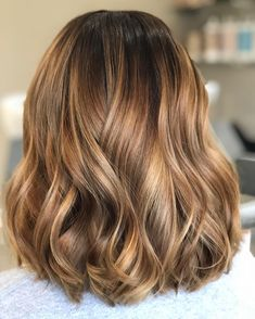 Work of art waves 🎨 Caramel tones with a shadowed root. what balayage will you have next? Appointments available last week in April,… Brown Hair Balayage, Brown Hair With Highlights, Brown Blonde Hair, Light Brown Hair, Hair Color Balayage, Brown Hair Colors, Brunette Hair, Ombre Hair, Brunette Highlights
