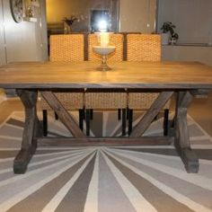 Weathered Gray Farm Table