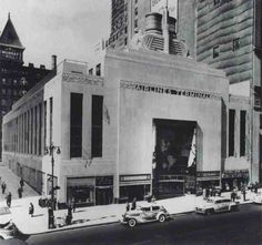 The beautiful Airlines Terminal Building, which was sadly demolished in early 80s. Note the ornate eagle sculptures, exemplifying classic New York Art-Deco architecture, situated on the roof.
