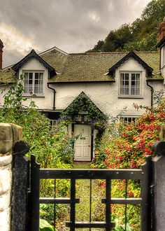 Beautiful Cottage at Clovelly Village, Devon