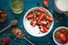 5 Easy Make-Ahead Lunches to Give You a Weight Loss Boost This Week Granola granolas y cereales la morena Healthy Egg Breakfast, Breakfast For Kids, Easy Healthy Recipes, Healthy Snacks, Delicious Recipes, Yogurt And Granola, Make Ahead Lunches, Healthy Eating Habits, Kids Nutrition
