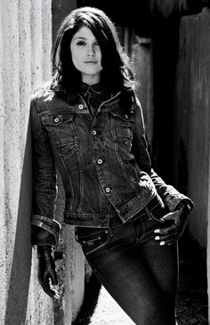 I like this lady she's very cool, Gemma Arterton Gemma Arterton, Gemma Christina Arterton, Prince Of Persia, Tamara Drewe, Celebrity Gallery, Poses, G Star Raw, Looks Cool, Her Style