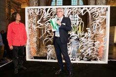 Bill Sherman, V&A Head of Resarch and Collections, thanks Professor Wang for gifting his work to the museum