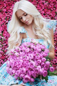 Fashion,Beauty,Landscape,Home Designe,Sexy Girls. Flower Girl Photos, Girls With Flowers, Love Flowers, Beautiful Flowers, Flower Girl Dresses, Alena Shishkova, Lany, Flower Power, Beauty Women