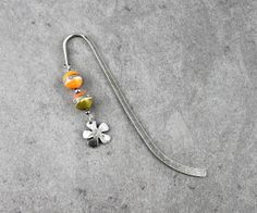 Apricot khaki handmade lampwork beads and by Unventdeliberte, €12.90