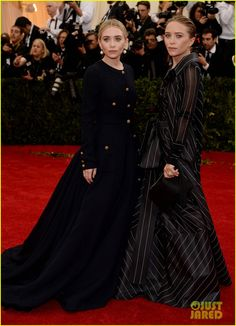 mary kate ashley olsen met ball 2014 05 Mary-Kate and Ashley Olsen pose for photos together on the red carpet at the 2014 Met Gala held at the Metropolitan Museum of Art on Monday (May 5) in New York City.…
