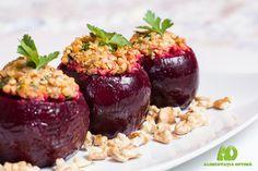 Sfeclă roșie umplută cu hrișcă, nuci și usturoi Raw Food Recipes, Vegetarian Recipes, Healthy Recipes, Healthy Food, Vegan Life, Raw Vegan, Recipies, Clean Eating, Good Food