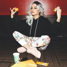 """67.1k Likes, 511 Comments - halsey (@iamhalsey) on Instagram: """"Getting in my zone and reading Halloween cards from you guys before we play a spooky show in…"""""""