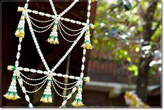 """บันไดแก้ว or """"glass stairs"""" the name of Thai flower mobile Floral Garland, Flower Garlands, Flower Decorations, Flower Arrangement, Floral Arrangements, Mobiles, English Christmas, Thai Thai, Glass Stairs"""