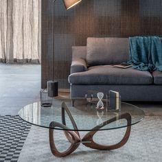 Low round crystal coffee #table HELIX by Cattelan Italia #design Piero De Longhi