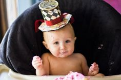 Amazing Alice in Wonderland themed party! Check out the Mad-hatter birthday hat! ADORBS