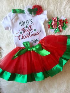 Personalized First Christmas Onesie Baby's Christmas Outfit Holiday Bodysuit Personalized With Any Name - Great Holiday Gift. Baby Christmas Onesie, Christmas Tutu, Xmas Elf, Babys 1st Christmas, Christmas Ornaments To Make, Ugly Christmas Sweater, Christmas Crafts, Christmas Ideas, Natal Baby