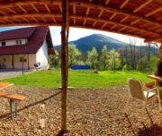 Im Garten des familienfreundlichen Landhauses Norddalmatien