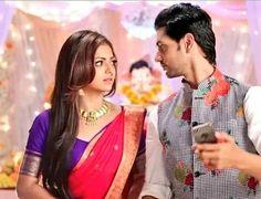 Shakti Arora, Drashti Dhami, Saree Styles, Couple Shoot, Cute Couples, Tv Shows, It Cast, Sari, Indian