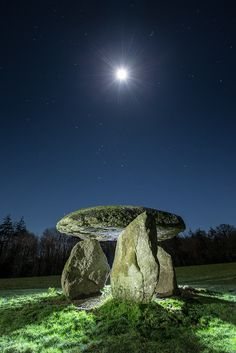 Spinster's Rock - a solitary dolmen near the Devonshire town of Drewsteignton, England