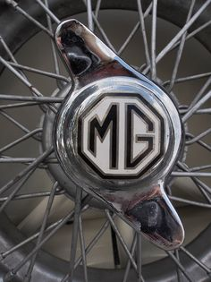 1G MC sync: MG magic ripples from the center point out in energetic spokes in every way! xxx