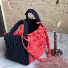 #해먹백 귀여운 배색💕 #메드델링니팅클래스 #광주중급니팅클래스 Linen Bag, Straw Bag, Club, Knitting, Fashion, Crocheting, Tejidos, Moda, Tricot