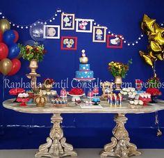 #mulpix Um chá de bebê lindo para um Pequeno Príncipe 🌹🌕 Decor incrível de @raphaelagentileventos com nossa mesa dourada💫   #decor  #decoranda  #decoracao  #partyideas  #partydecor  #decorinfantil  #festa  #festainfantil  #festarj  #festatematica  #festakids  #aluguel  #alugueldepecas  #alugueldemoveis  #painel  #muroingles  #pecasdecorativas  #party  #kids  #babies  #casamento  #noivasrj  #noivado  #chadebebe  #chadepanela  #batizado  #pequenoprincipe  #littleprince