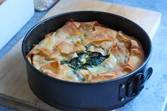 My Lazy Spanakopita con pasta fillo Greek Cooking, Appetizer Recipes, Appetizers, Veggie Dishes, Greek Recipes, I Foods, Food Inspiration, Love Food, Food To Make
