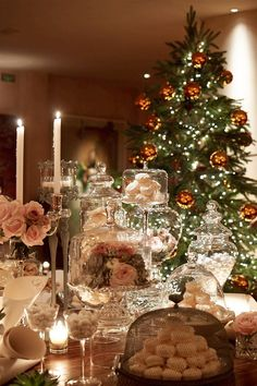 Elegant Christmas table...The Stylish House