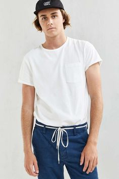 Feathers Heavy Roll-Sleeve Tee - Urban Outfitters