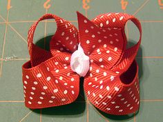 Ribbons and Much More: Paso a Paso moño de Boutique