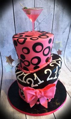 Images Of St Birthday Cakes For Girls With A Quilting Theme - 21st birthday cakes for her
