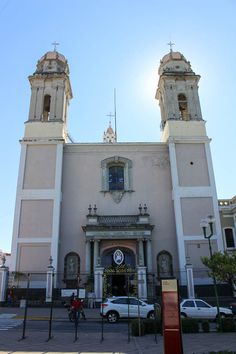 Front of Cathedral Basilica Menor in Colima, Mexico