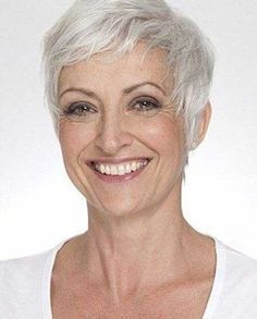 28.Pixie Haircuts for Older Ladies