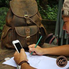 Leather Backpack, Backpacks, Bags, Instagram, Fashion, Handbags, Moda, Leather Backpacks, Dime Bags
