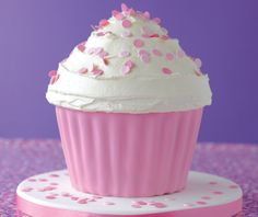 Giant Cupcake. Everyone needs one. #cupcakes #lovecake
