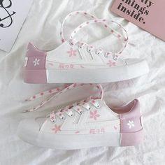 Kawaii Shoes, Kawaii Clothes, Pink Floyd Art, Japanese Harajuku, Lolita Shoes, Aesthetic Shoes, Pink Shoes, Girls Shoes, Kawaii Fashion
