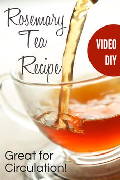 Some people feel overwhelmed by the prospect of making tea using fresh or dried herbs and rely on the old habit of just throwing a tea bag into the hot water. Let me show you just how EASY, and I mean EASY it is to make your own teas. Rosemary tea is gre Herbal Remedies, Natural Remedies, Rosemary Tea, Uses For Rosemary, Tea Benefits, Tea Blends, How To Make Tea, Drying Herbs, Kraut